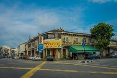 George Town Malaysia - mars 10, 2017: Streetscapesikt av byggnader och dagligt liv av den andra - största staden in Arkivbilder