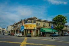 George Town Malaysia - mars 10, 2017: Streetscapesikt av byggnader och dagligt liv av den andra - största staden in Arkivfoton