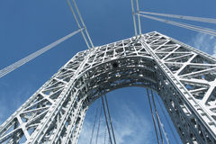George Washington Bridge-toren van weg wordt bekeken die Stock Fotografie