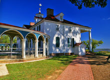 George Washington home, Mount Vernon in Virginia. George Washington's home in Mt. Vernon, Virginia. White colonial style located overlooking the Potomac River royalty free stock image