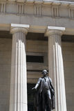 George Washington statue by the Federal Hall Royalty Free Stock Images
