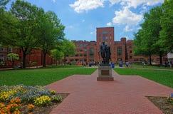 George Washington staty i universitetet av George Washington Arkivbild