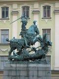 Georges-Skulptur in Gamla Stan Stockfotos