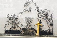 GEORGETOW, PENANG, MALAYSIA - 18. April 2016: Verdrahten Sie Stahlstangenkunst um George- Townbereichserbzone Skulptur durch loka Stockbilder
