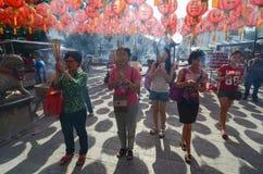 GEORGETOWN ÅR för DAG för PENANG-/MALAYSIA—MÅNAD: Kinesisk bränning in Royaltyfri Foto