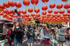 GEORGETOWN ÅR för DAG för PENANG-/MALAYSIA—MÅNAD: Kinesisk bränning in Royaltyfri Bild