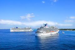 GEORGETOWN, GRAND CAYMAN - FEBRUARY  12, 2015:  Cruise ships sai Stock Images