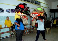 Georgetown, Malasia: Lion Dancing School Foto de archivo