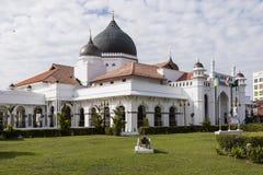 GEORGETOWN, MALESIA, il 19 dicembre 2017: La vista dall'esterno di una moschea fotografie stock libere da diritti