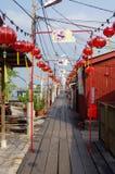 GEORGETOWN, PENANG, MALESIA - 18 APRILE 2016: Lee Jetty è un piccolo villaggio costruito sull'acqua dal clan cinese di Lee nel di Immagine Stock Libera da Diritti