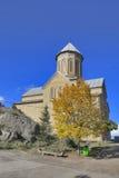 Georgia-Тбилиси меньшая церковь нет далеко от большой церков троицы Святого - Sameba Стоковые Изображения