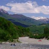 Georgia berg och flod Royaltyfri Bild