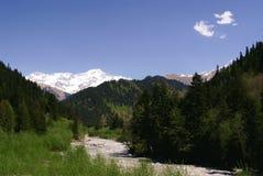 Georgia berg och flod Arkivbilder