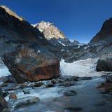 Georgia berg och flod Arkivfoto