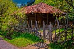 Georgia, el Cáucaso Casa rural residencial fotografía de archivo