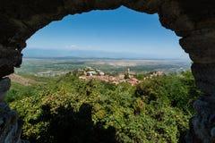 Georgia Sighnaghi: Stad av förälskelse i den Alazani dalen Arkivbilder