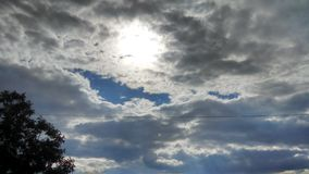 Georgia-Sonnendurchbruchhimmel lizenzfreies stockfoto