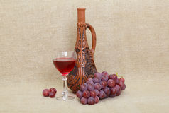 georgian glass druvor för flasklera Royaltyfri Bild