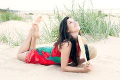 Georgisch meisje op het strand Stock Foto