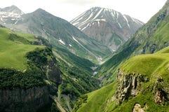 Georgische Militärdatenbahn, Kaukasus Lizenzfreie Stockbilder