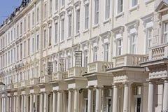 Georgische terrasvormige rijtjeshuizen Royalty-vrije Stock Foto
