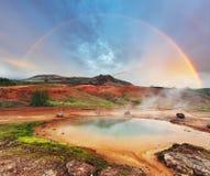 Geotermiczna gorąca woda przy geysir okręgiem w Iceland Zdjęcie Stock