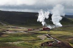 Geotermisk kraftverk nära Krafla, Island arkivbilder