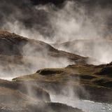 geotermiska varma iceland som ångar vatten fotografering för bildbyråer