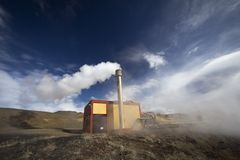 Geothermal energy plant Royalty Free Stock Photos