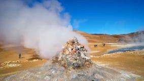 Geothermische aktive Zonen nannten Hverir auf Island stock video footage