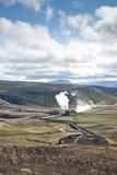 Geothermische energieinstallatie in IJsland stock afbeelding