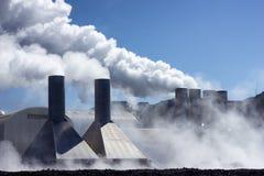 Geothermische Triebwerkanlage stockfotografie