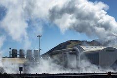 Geothermische Triebwerkanlage lizenzfreies stockbild
