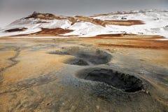 Geothermischer aktiver vulkanischer Bereich Namaskard in Nordwest-Island Stockfotografie