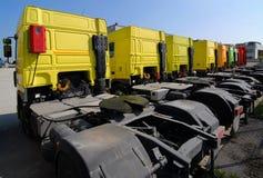 Geparkeerde Vrachtwagens Royalty-vrije Stock Foto's