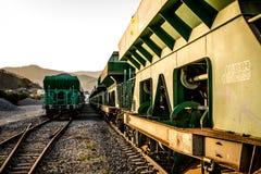 Geparkeerde wagens bij het station Royalty-vrije Stock Fotografie