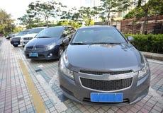 geparkte Fahrzeuge stockbilder