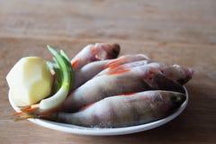 Gepelde riviervissen voor soep De visserij van de winter Stock Foto