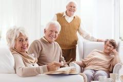 Gepensioneerden van pensioneringshuis royalty-vrije stock fotografie