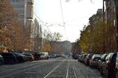 Gepflasterte Straße in Sofia, die Hauptstadt von Bulgarien stockfotografie