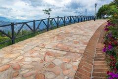 Gepflasterter Weg in Chicamocha-Schlucht Stockfoto