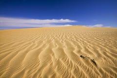 Geplätscherter Sand in der Wüste Stockbild