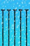 Geplätscherter Swimmingpool Stockfotos