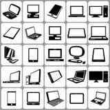 Geplaatste computersnotitieboekjes en Tabletten Royalty-vrije Illustratie