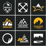Geplaatste de pictogrammen van de berg Berg het Beklimmen climber Het van brandstof voorzien van de benzinepomp stock illustratie