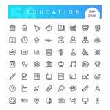 Geplaatste de pictogrammen van de onderwijslijn Stock Fotografie
