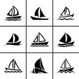 Geplaatste de pictogrammen van de zeilboot Stock Afbeeldingen