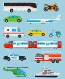 Geplaatste de pictogrammen van het vervoer Gemeentelijk en Reisvervoer Openbaar vervoer Vlakke ontwerpstijl Vector Royalty-vrije Stock Foto's