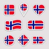 Geplaatste de vlagstickers van Noorwegen Noorse nationale symbolenkentekens Geïsoleerde geometrische pictogrammen Vector officiël vector illustratie