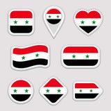 Geplaatste de vlagstickers van Syrië Syrische nationale symbolenkentekens Geïsoleerde geometrische pictogrammen Vector officiële  stock illustratie